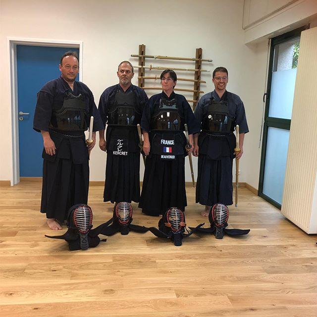 Instructeurs de kendo Shoshin